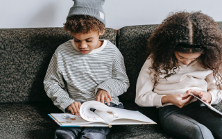 How to Teach a Child to Read – Tips and Tricks for Parents